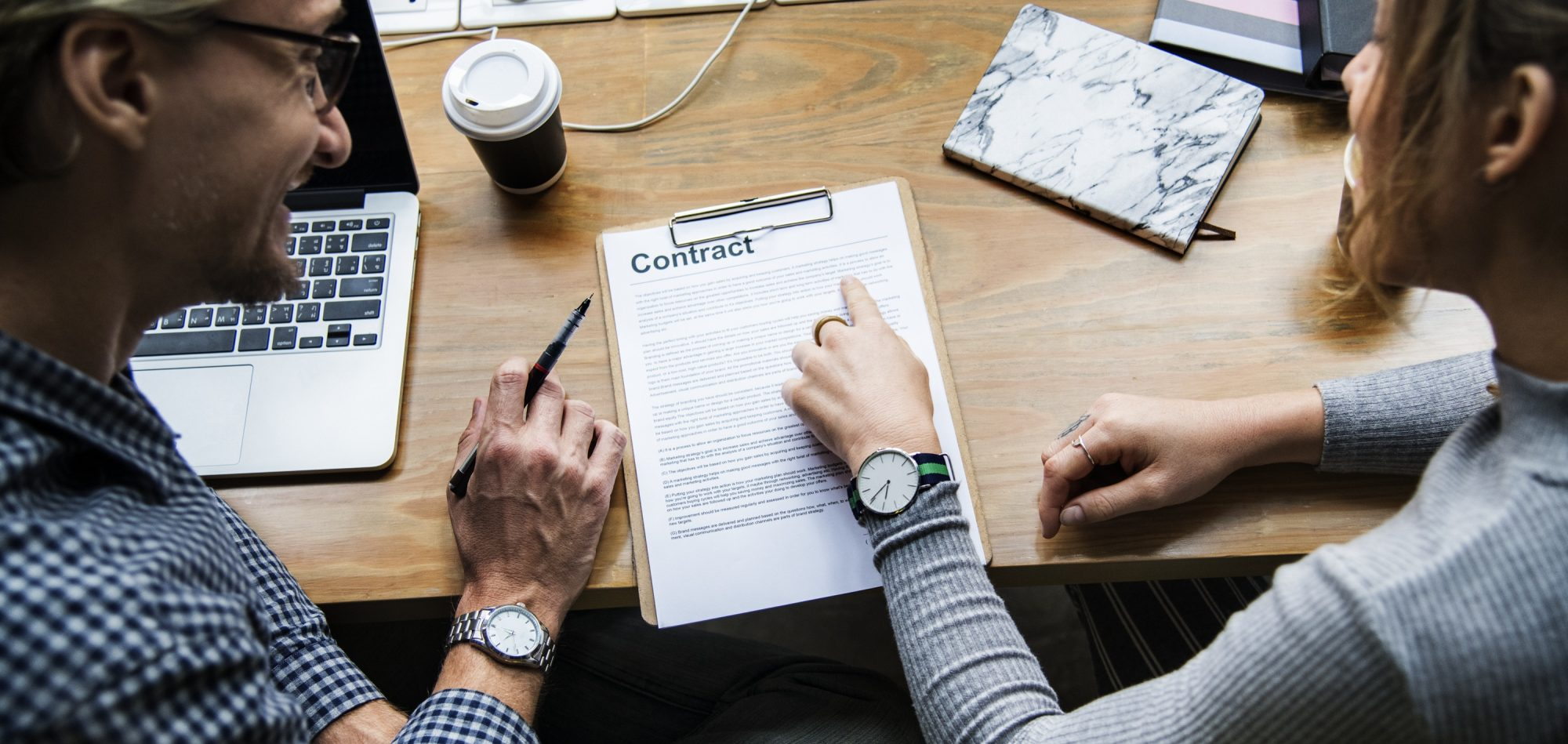 types_of_charter_contracts-banner